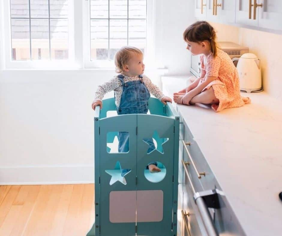 guidecraft classic kitchen helper stool